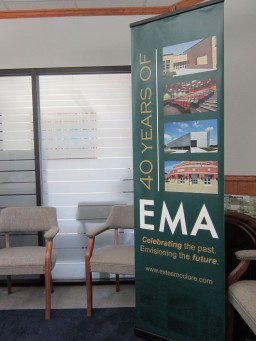 EMA Banner Stand